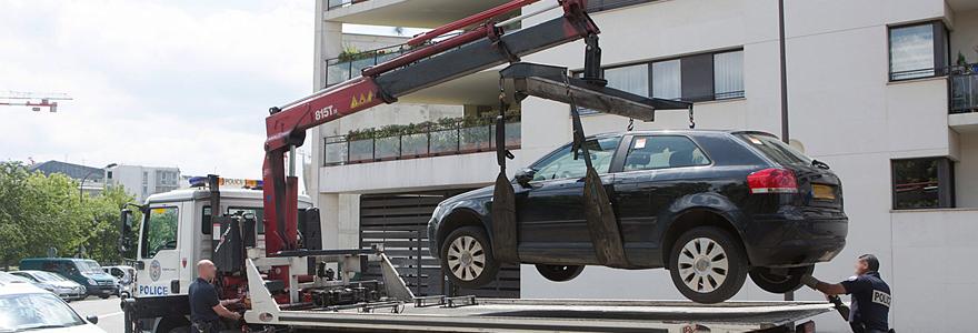 véhicule à la fourrière de Nice